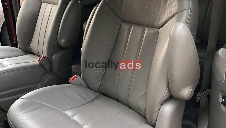 2001 Dodge Caravan SE Minivan 4D