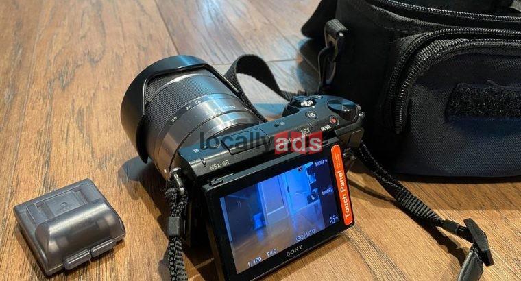 Sony NEX-5R Mirrorless Digital Camera
