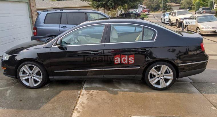 2010 Volkswagen Passat Komfort Sedan 4D