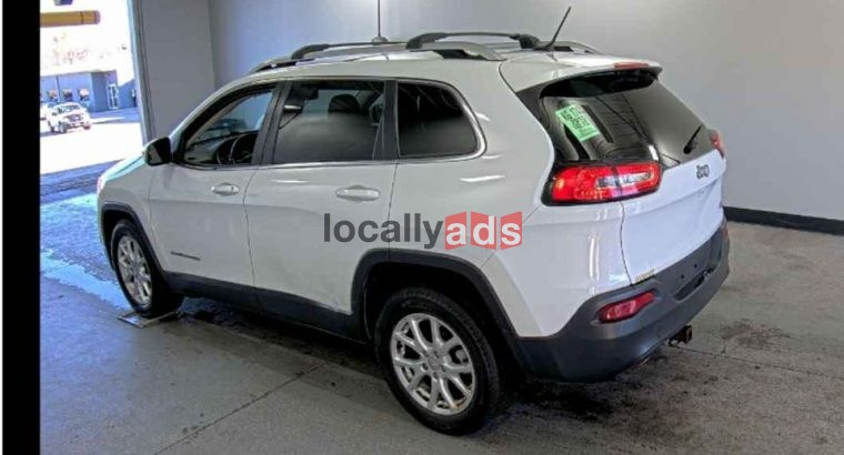 2015 Jeep Cherokee Altitude Sport Utility 4D